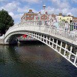 Ha'penny Bridge, el puente de Medio Penique de Dublin