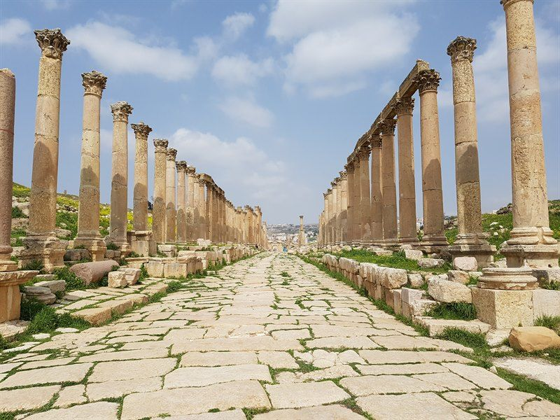Columnata de la ciudad romana de Jerash