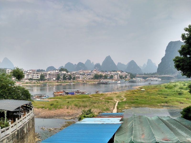 rio li mountains yangshuo
