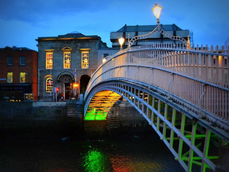 Puente del Medio Penique, en Dublín