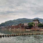 Fenghuang, un antiguo pueblo de China con un curioso puente