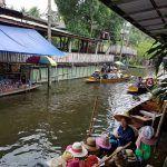 Mercado flotante de Damnoen Saduak, en Tailandia