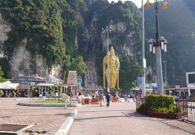 Kuala Lumpur: visita a las Cuevas de Batu y Torres Petronas