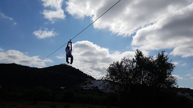 Tirolina de Límite Zero, la única que cruza dos países