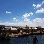 Las islas flotantes de los Uros en Puno, un lugar único en Perú