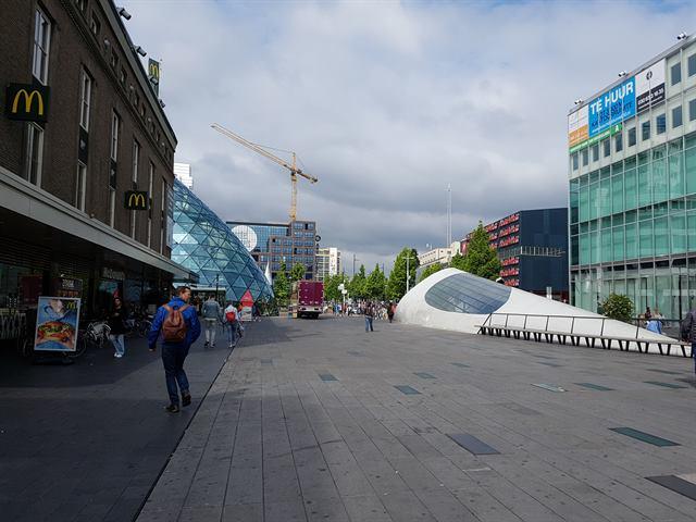Eindhoven sirve de entrada a Holanda