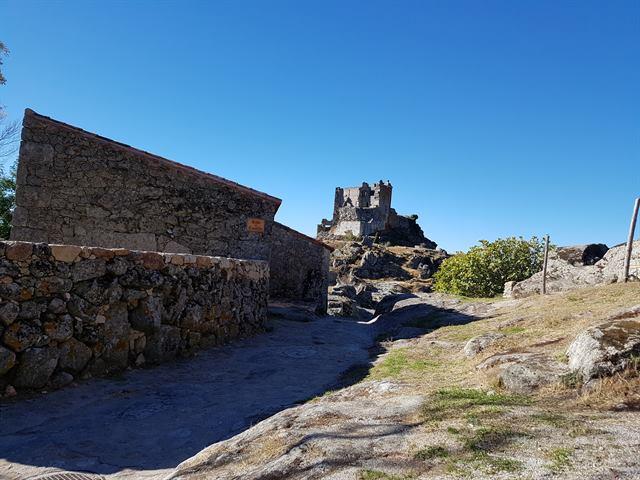 Castillo de Trevejo, en Sierra de Gata