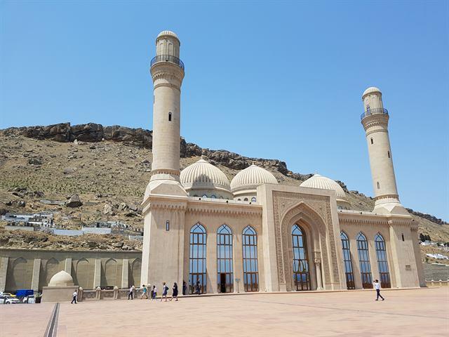 Mezquita Bibi Heybat, en Bakú