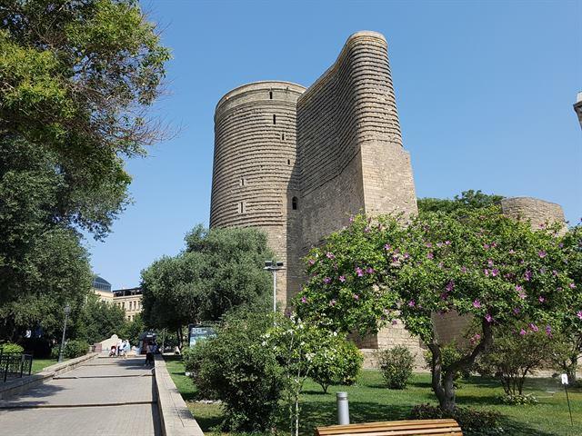Torre de la Doncella, en la Ciudad Vieja de Bakú