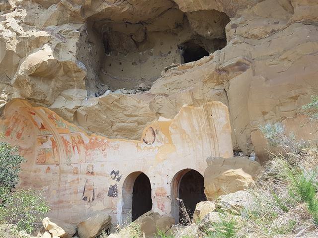 Monasterio de Udabno, con algunas pinturas