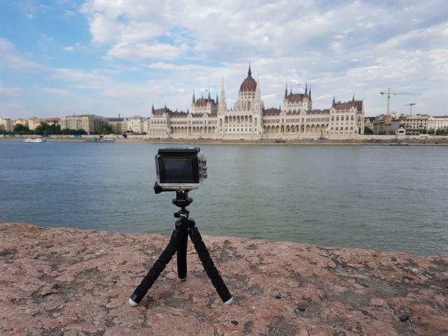 Timelapse con el Parlamento de Hungría al fondo