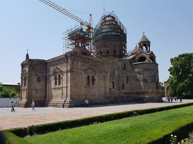 Iglesia de Santa Echmiadzin