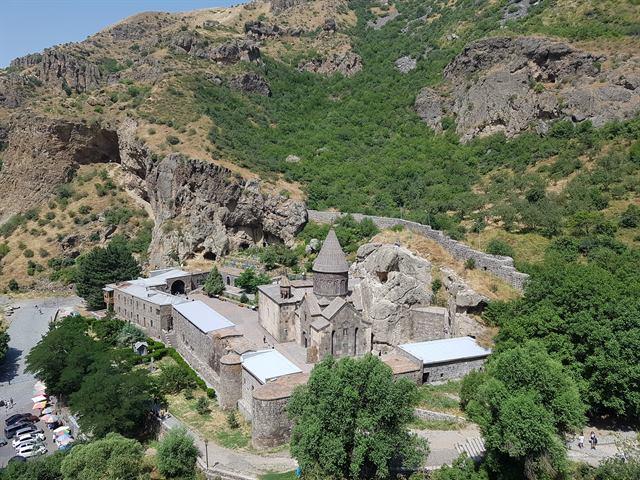 Vistas del monasterio de Geghard