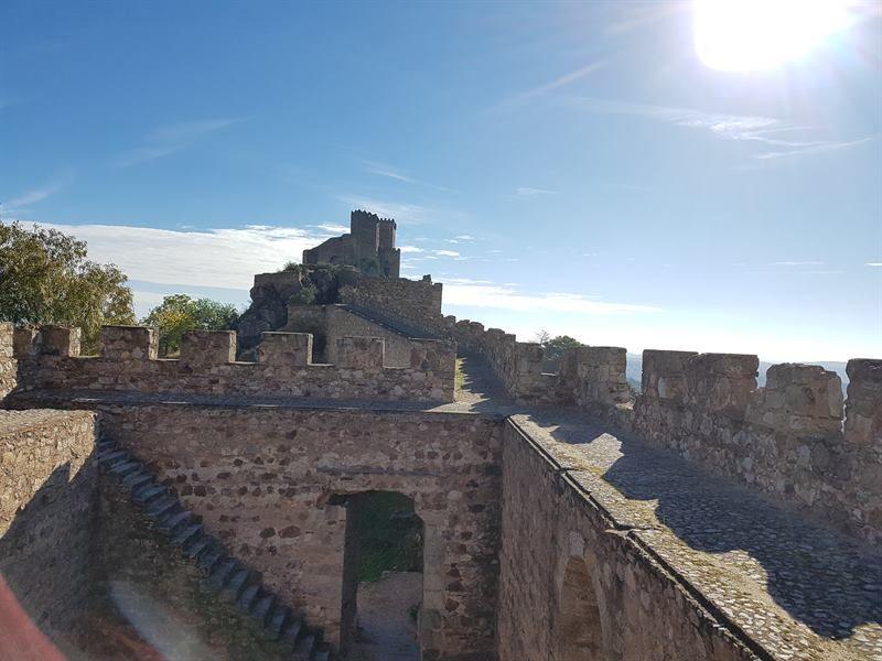 El castillo de Luna de Alburquerque