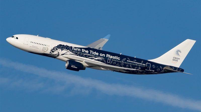 Primer vuelo sin plástico de Hi Fly