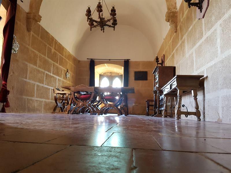 Interior del castillo de Luna