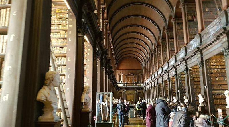 Interior de la biblioteca del Trinity College