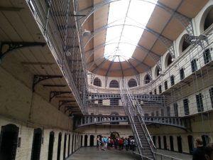 Interior de la cárcel de Kilmainham