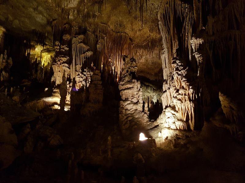 Interior de las cuevas del Drach, en Mallorca