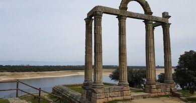 Templo romano de los Mármoles, en Augustóbriga