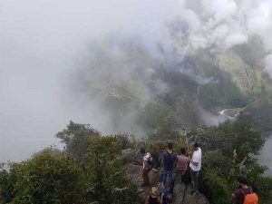 Vistas desde Wayna Picchu, un día nublado