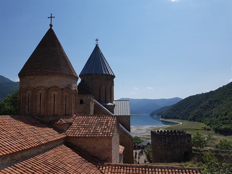 Fortaleza de Ananuri, al norte de Georgia