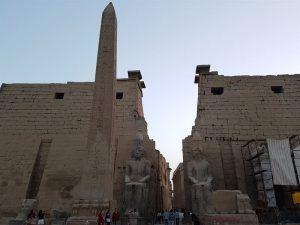 Luxor, ciudad donde cambiar moneda en Egipto