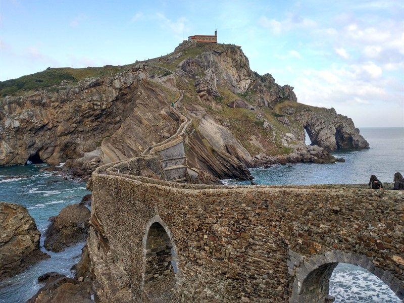 acceso islote San Juan de Gaztelugatxe