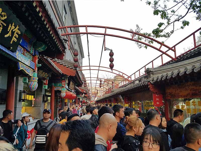 Calle para comer bichos en Pekín, en Wangfunjing