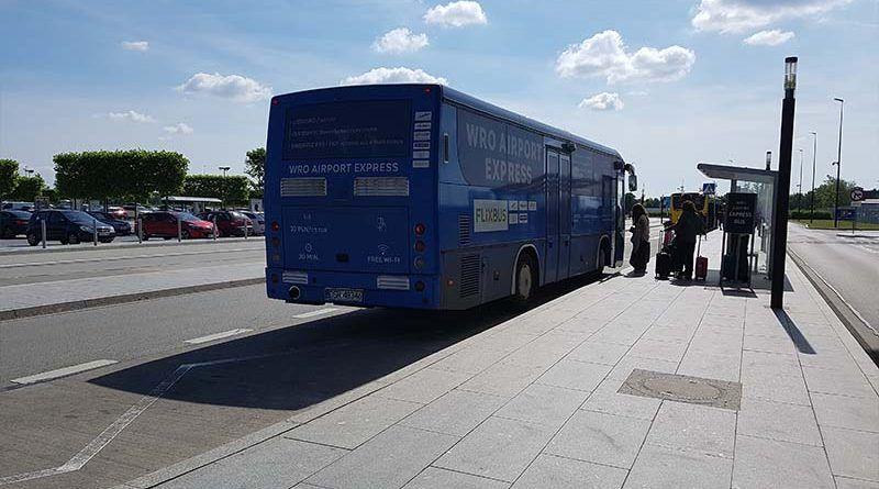 Autobús WRO Express, del aeropuerto de Wroclaw al centro