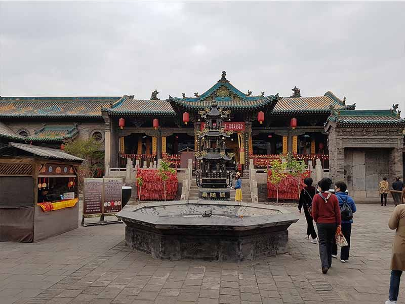 Interior del templo Chuang Huang