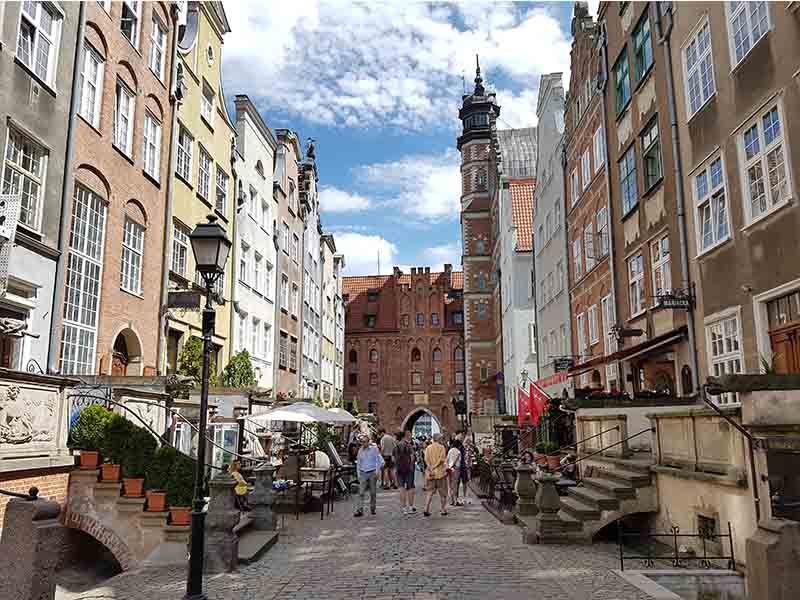 Calle Mariaczka y puerta de Santa María