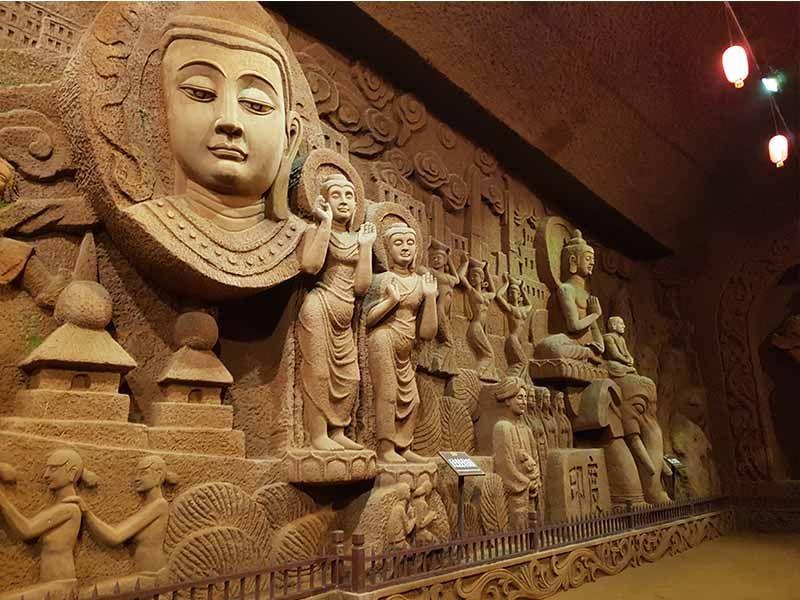 Cueva de los 10000 Budas de Leshán