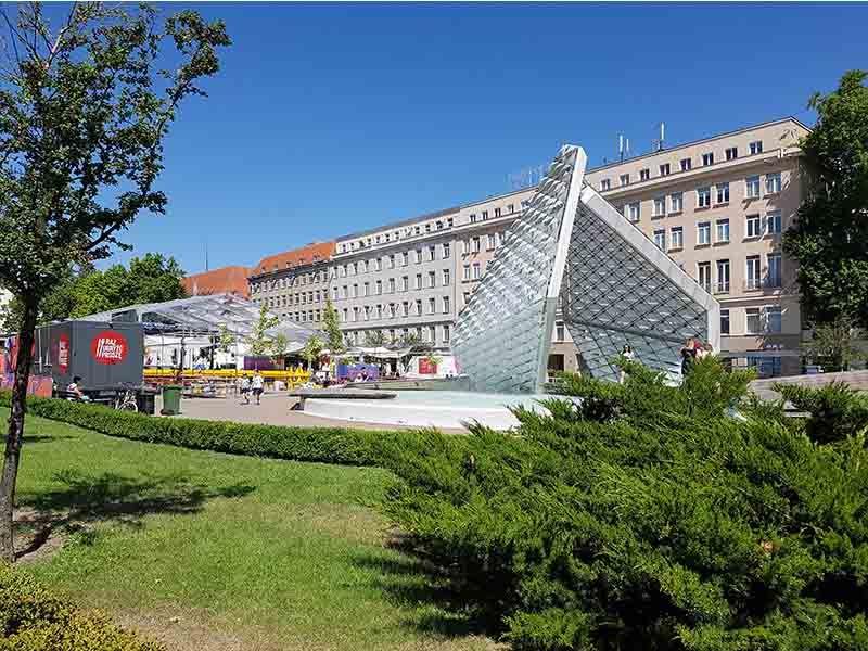 Plaza de la Libertad, un lugar que ver en Poznan en un día