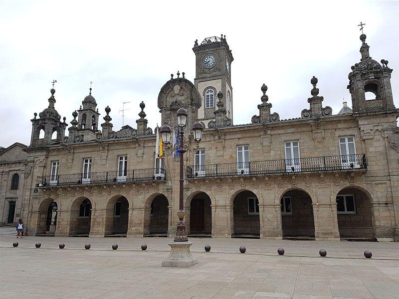 Ayuntamiento de Lugo, en la plaza Mayor