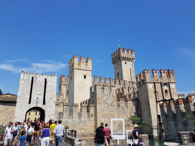 castillo scaligero sirmione