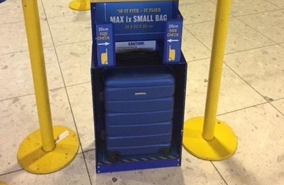 caja azul ryanair