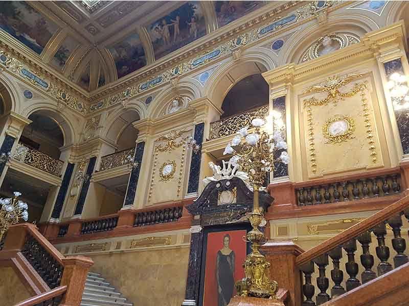 Teatro de la Ópera y Ballet, un lugar que ver en Lviv