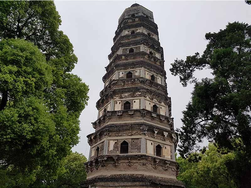 Torre inclinada de Suzhou