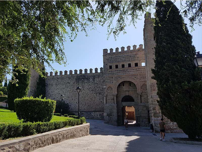 La Puerta de Bisagra Antigua