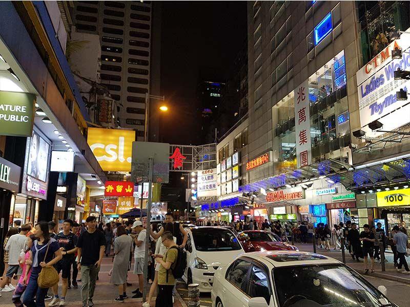 Hay mucha seguridad por las calles de Hong Kong