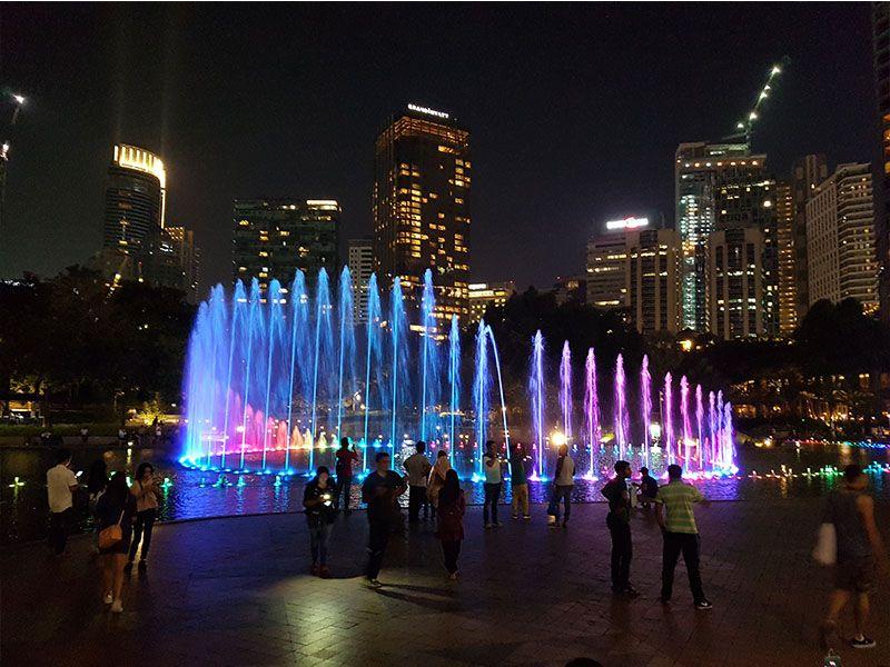 Cambiar moneda en Malasia es sencillo en Kuala Lumpur