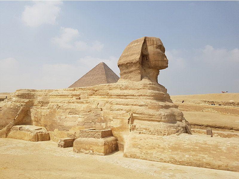 Esfinge y las pirámides de Egipto