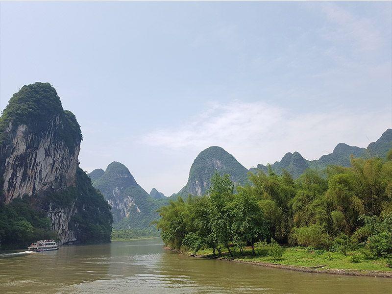 Parte del presupuesto para viajar a China fue la excursión por el río Li