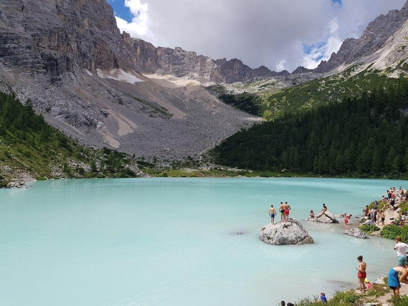 lago sorapis dolomitas