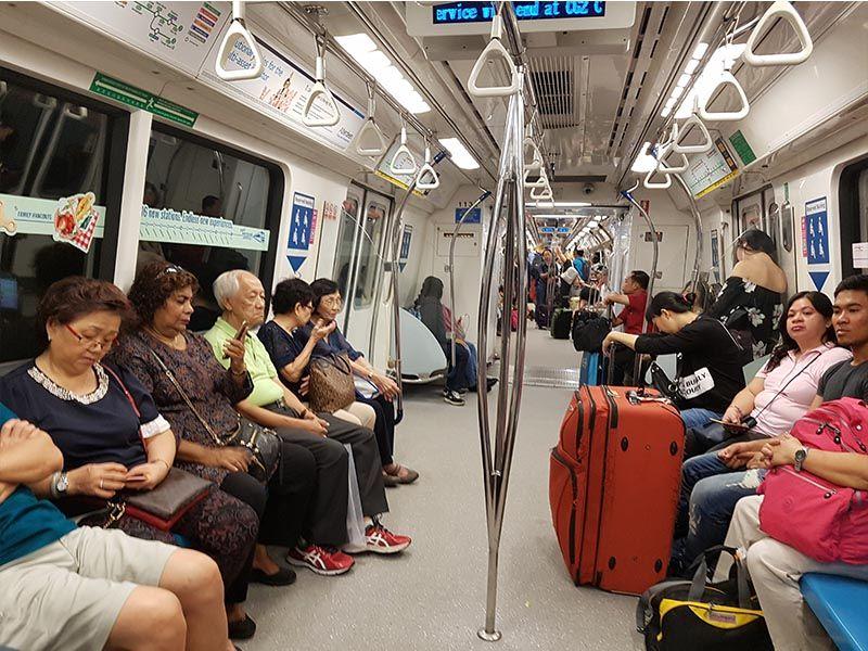 Metro del aeropuerto de Singapur al centro de la ciudad