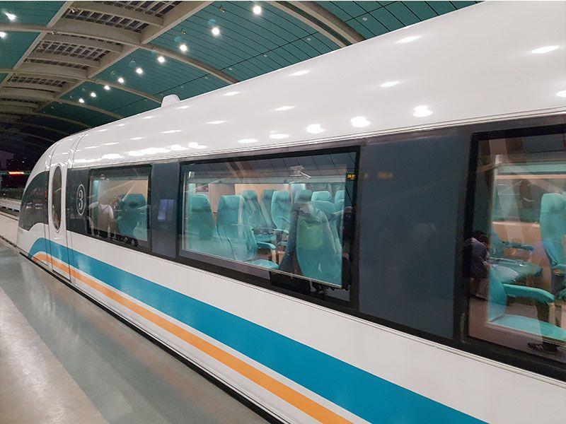 Tren Maglev del aeropuerto de Shanghái a la ciudad
