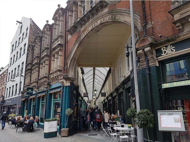 Arcade histórico de Cardiff