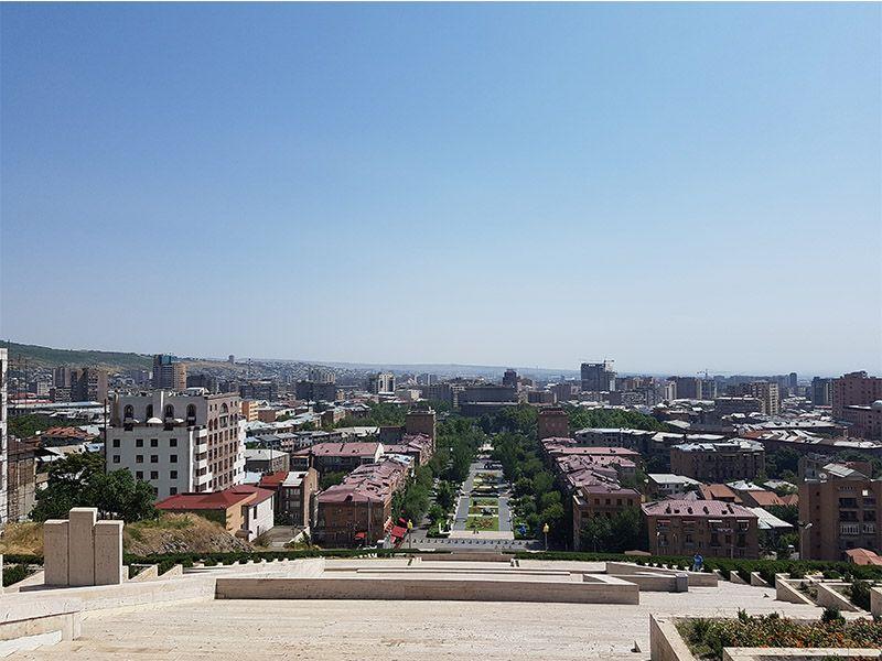 Vistas de Ereván desde el complejo Cascada