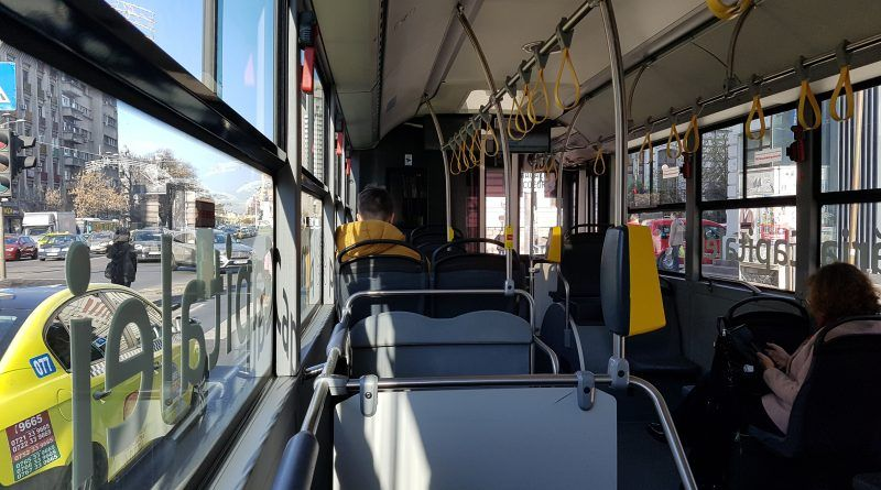 Bus 783 del aeropuerto de Bucarest a la ciudad